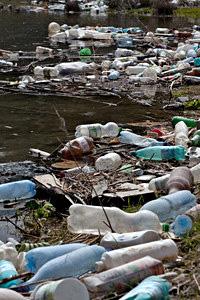 Ocean plastics pollution