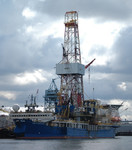Shell_Arctic_drilling_ship_2012_JKBrooks85_Flickr_FPWC_Commercial_Use_OK.jpg